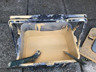外壁の塗料