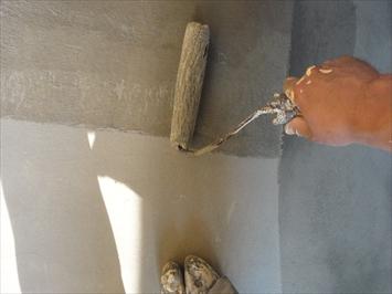 骨材入りの床塗料