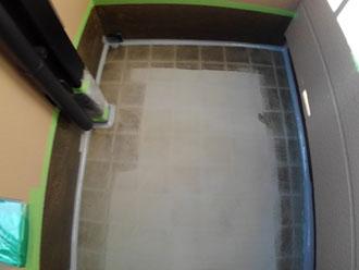 床の表面を滑らかにします