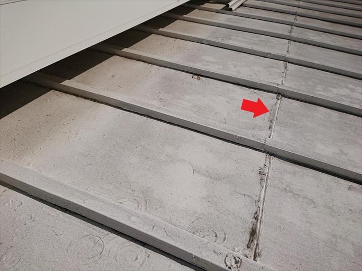 屋根を継ぎ足した跡