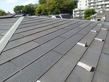 色の変わった屋根材