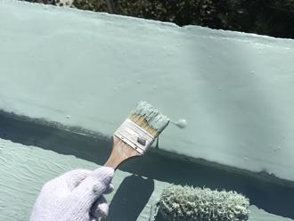 ウレタン防水材を塗装