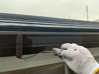 ファインパーフェクトトップ 23-255で雨樋塗装(付帯部塗装)