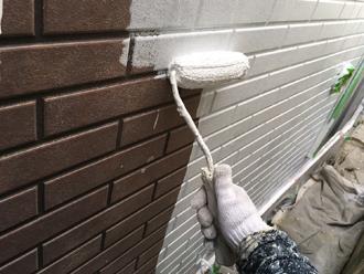 パーフェクトサーフで窯業系サイディング外壁の下塗り