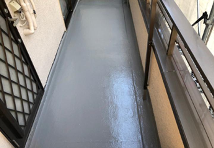 防水塗装後のベランダ