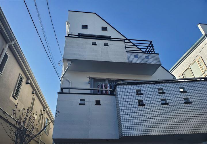 築17年3階建て住宅