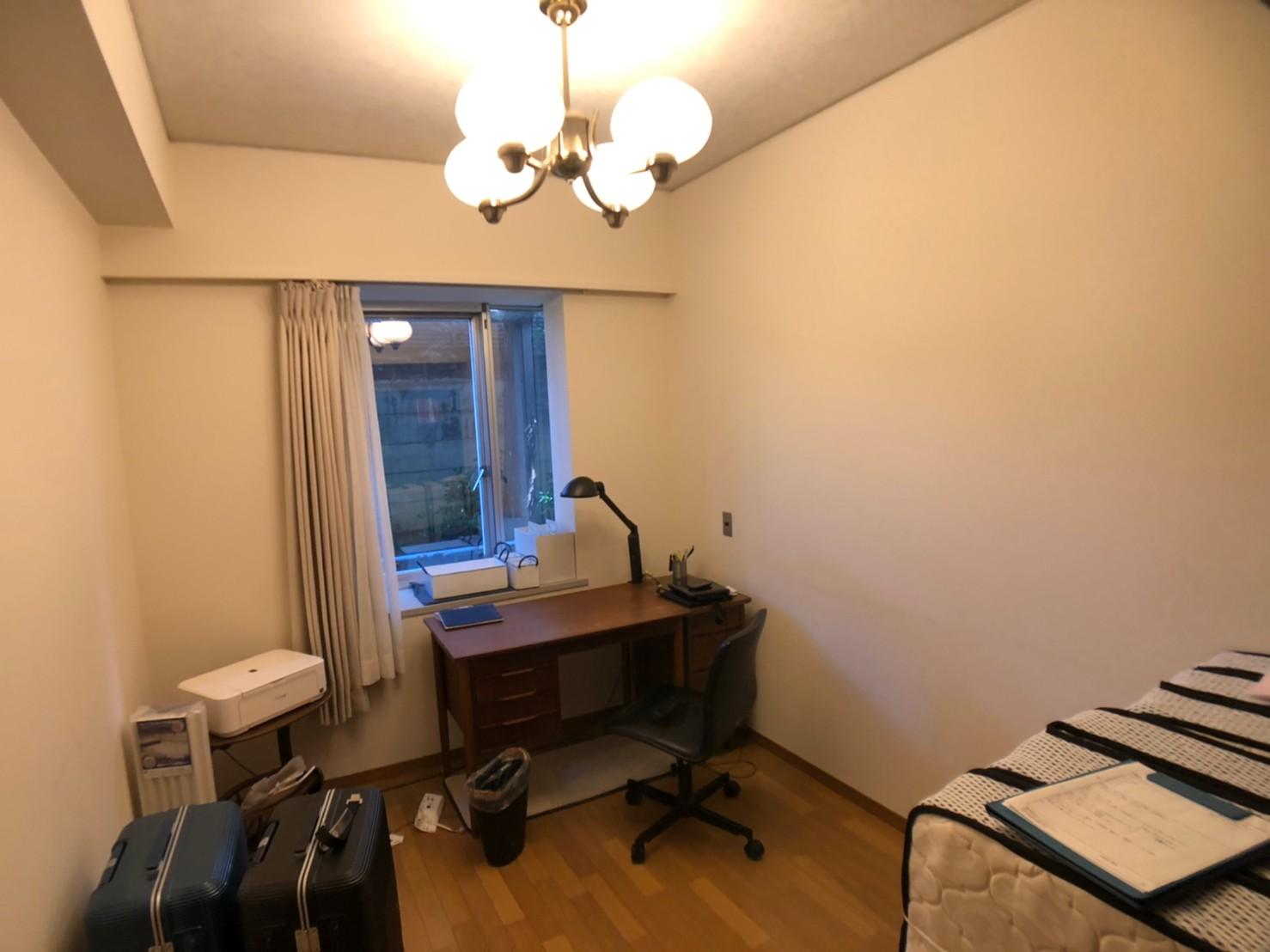 塗装前の部屋