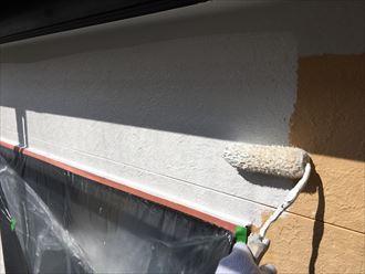 塗装工事。下塗り開始!