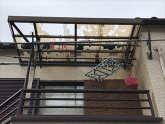 ベランダ屋根の破損