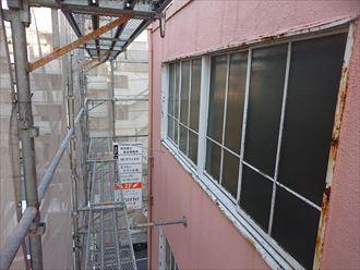 窓枠のサビ