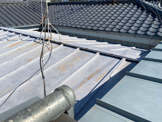 パラペット付きの屋根 塗装前