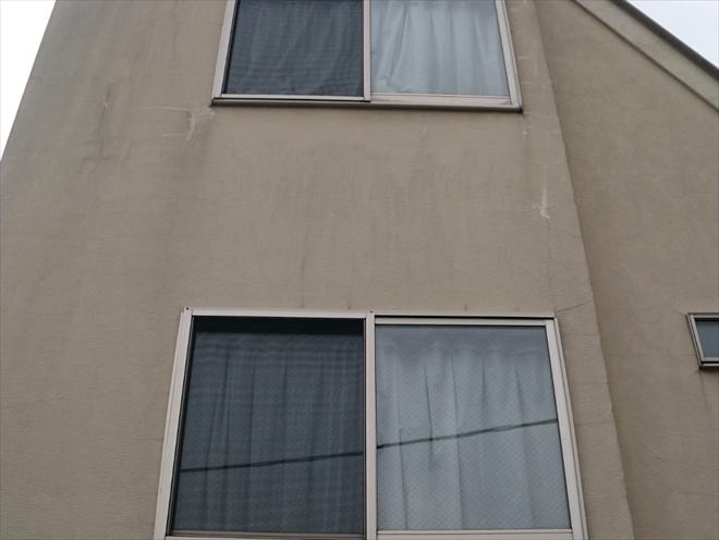 外壁はモルタル吹き付け仕上げ