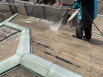 コロニアル屋根 高圧洗浄