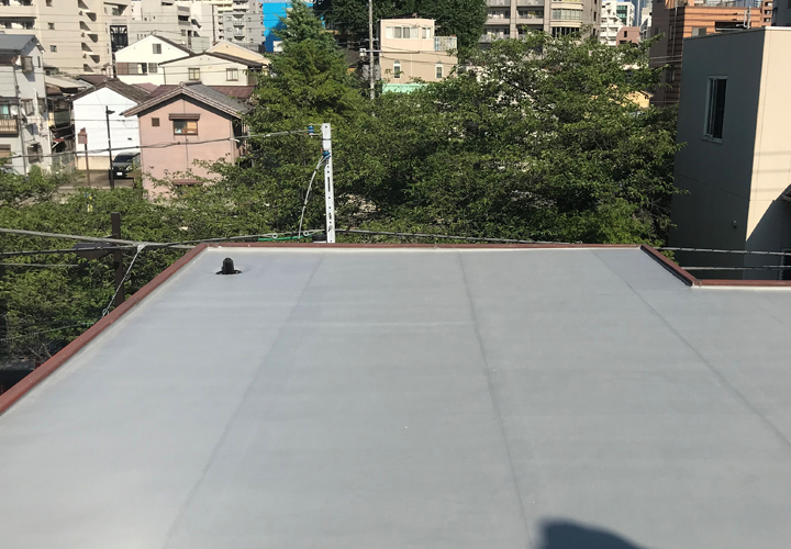 陸屋根の防水工事が完了