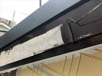 破風板などは線で出るので色を濃くすると建物がグッとしまります