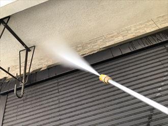 モルタル外壁部の高圧洗浄