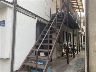 鉄階段の塗装前