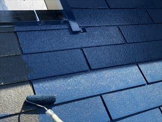 中塗り中の屋根