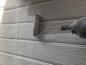 外壁の中塗り工程