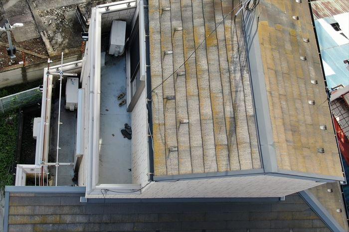 ドローンを使用して屋根調査