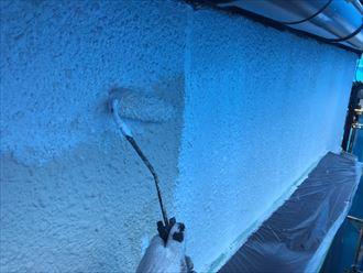 フィラーを入れて下塗りを仕上げます