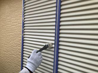雨戸の塗装作業