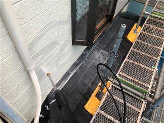 外壁と下屋根の洗浄