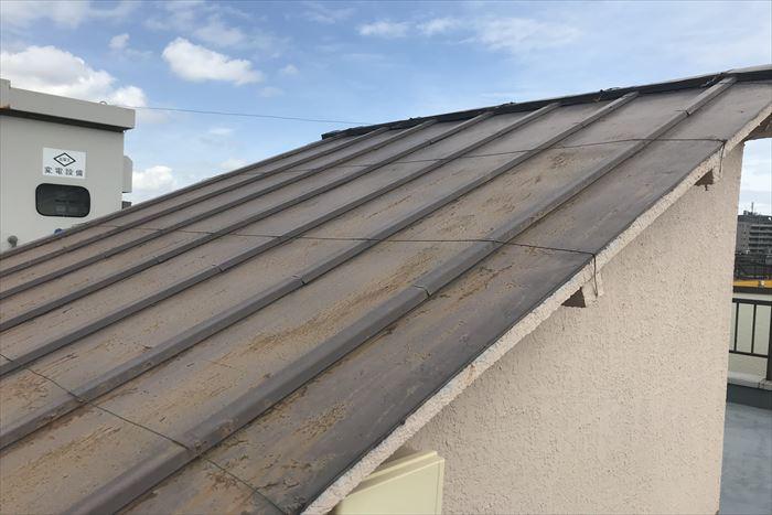塔屋の瓦棒屋根