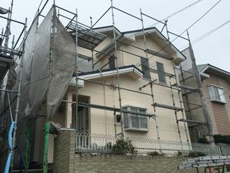外壁塗装と屋根葺き替え工事を実施した築18年になる邸宅