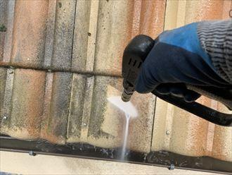 セメント瓦屋根の洗浄