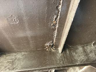鉄階段の支柱の劣化