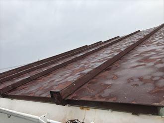 トタン製の瓦棒屋根