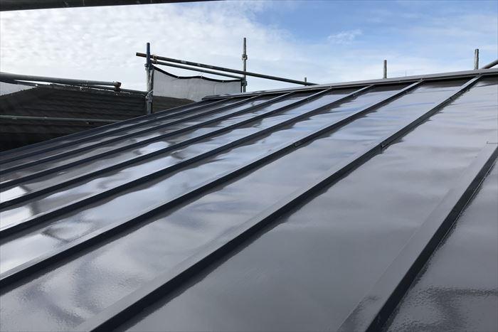 艶感のある屋根塗装仕上げ