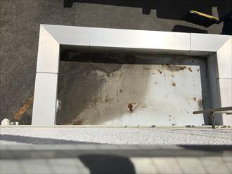 玄関上部の防水