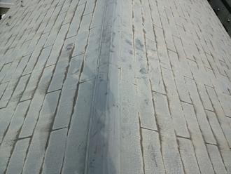 塗膜が劣化したスレート