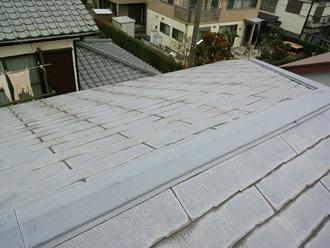塗膜が劣化したスレート屋根
