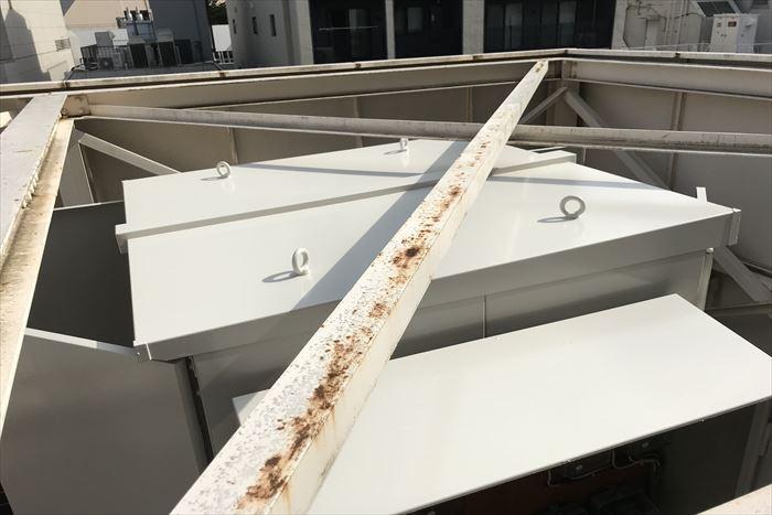 天井の方も塗装完了