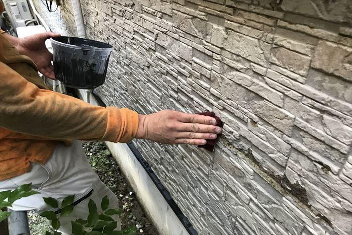 外壁のケレン作業