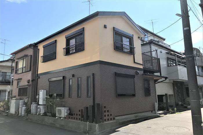 江戸川区西瑞江でパーフェクトトップND-281と15-40Dの2色を使用した外壁塗装工事でエレガントな雰囲気に!
