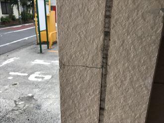サイディングの面積が小さい箇所は割れやすくなります