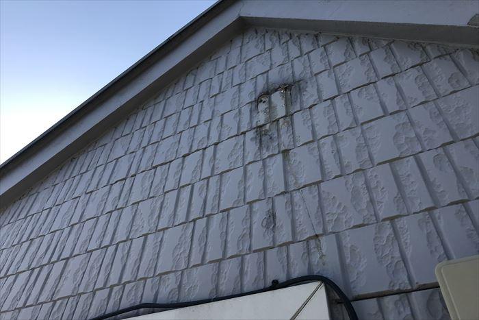 外壁や破風板の割れ