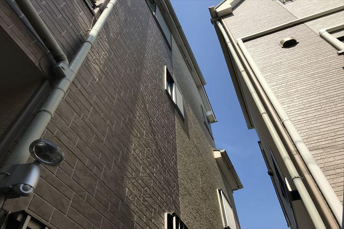 北区豊島で築10年のお宅の外壁塗装工事のご相談、現地調査を行いました。