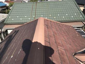パミール屋根の剥離や変色