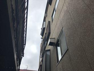 3階建てのALC外壁