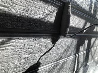 外壁の上塗り作業