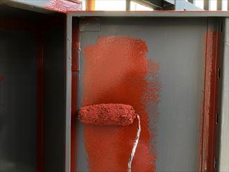 扉の裏側も塗装