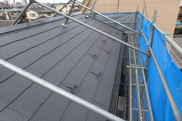 屋根塗装完成!足場を解体すれば工事終了
