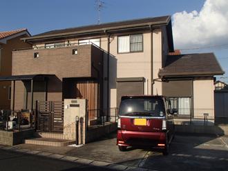 台風で下屋根のスレートが被災してしまった築16年になる邸宅