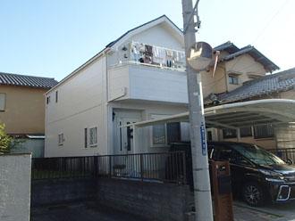 令和元年東日本台風で屋根が被災してしまった築15年になる2階建ての邸宅