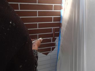 パーフェクトトップ H15-30Dでレンガ調の外壁を塗装